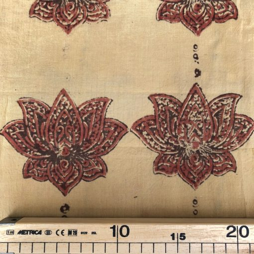 Batiste Ajrakh print fleur de lotus